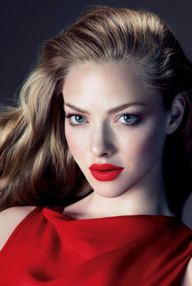 Amanda Seyfried red matte