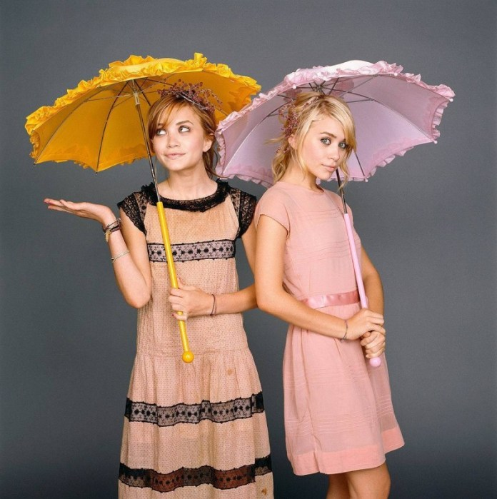 Olsen-twins-mary-kate-and-ashley-olsen-3928709-1200-1207