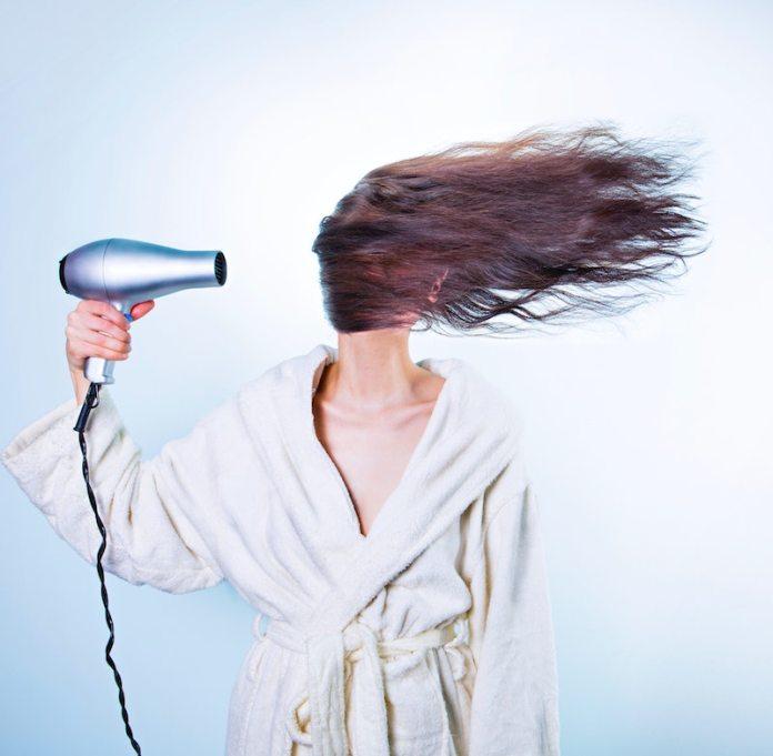 cliomakeup-capelli-elettrici-teamclio-8