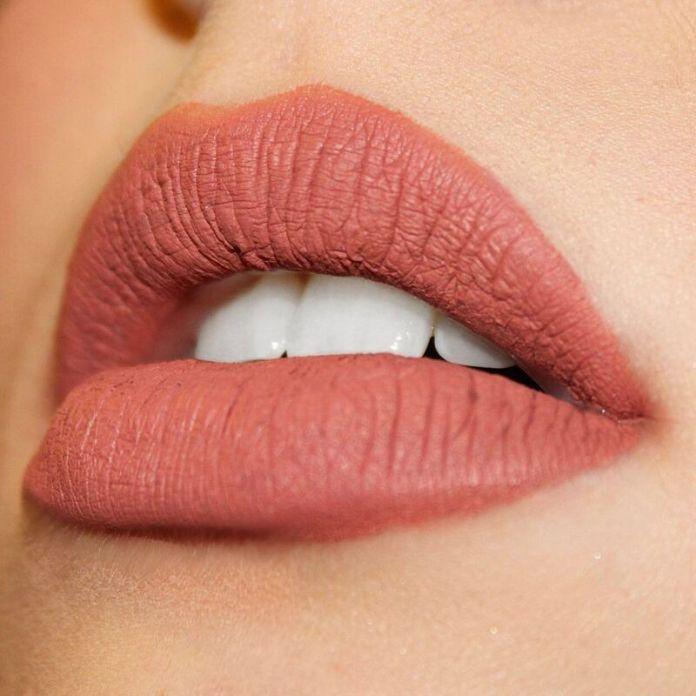 cliomakeup-trucco-labbra-sottili-rossetto