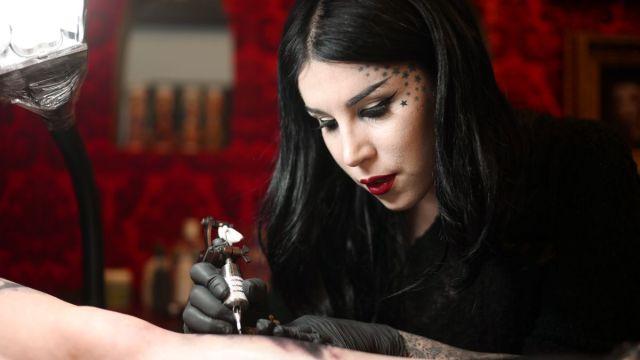 cliomakeup-donne-business-makeup-katvond-beauty1.jpg