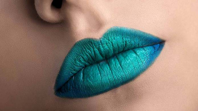 cliomakeup-trucco-ombré-labbra-mermaid-lips-loreal.jpg