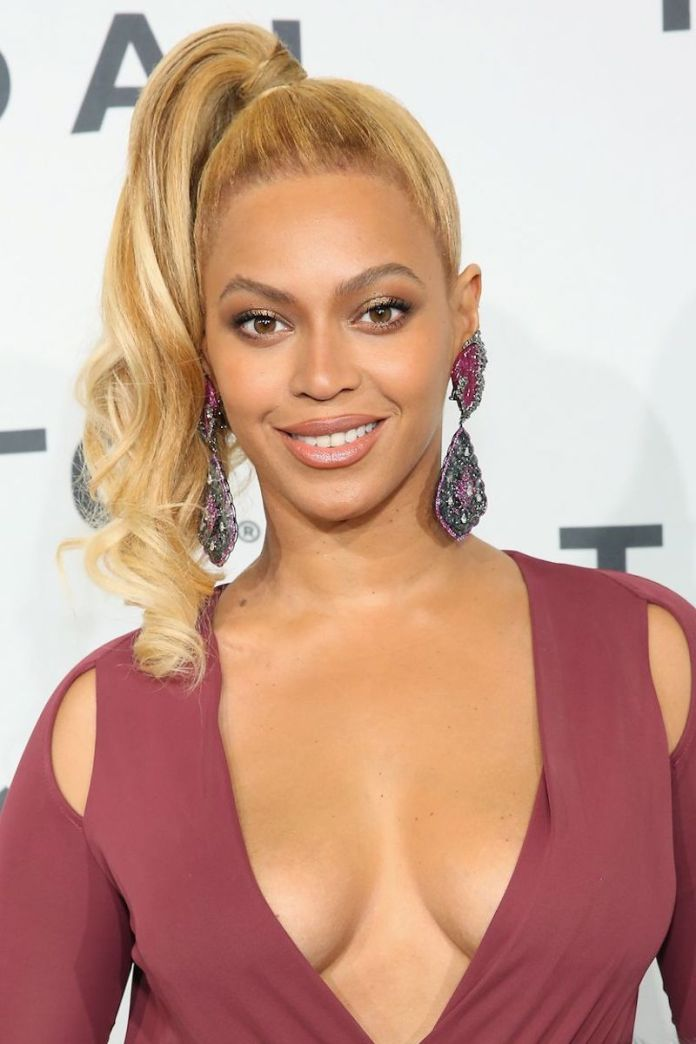 cliomakeup-acconciature-sexy-per-capelli-lunghi-8-beyonce