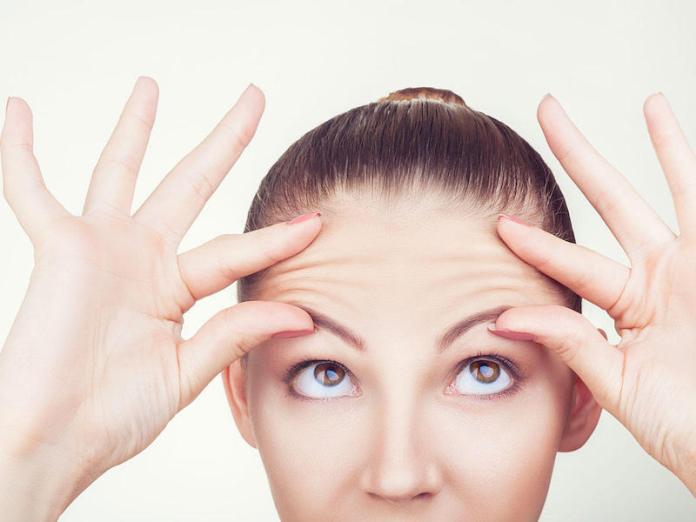 cliomakeup-autoabbronzanti-viso-lookfantastic-9-vaselina-sopracciglia