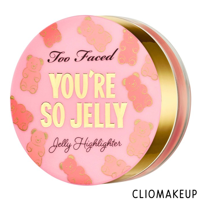 cliomakeup-recensione-illuminante-too-faced-you're-so-jelly-jelly-highlighter-1