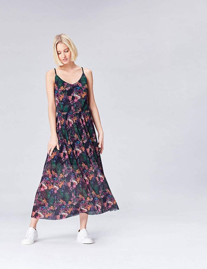 best website c584d 59275 Vestiti lunghi estivi: 4 modelli must per la moda estate 2019!