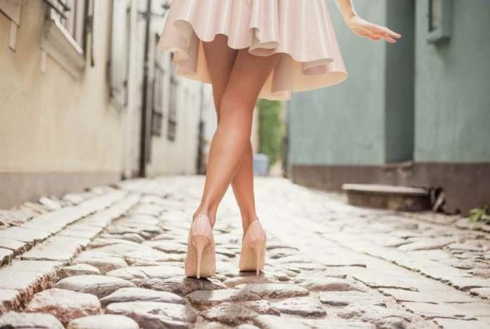 cliomakeup-depilazione-gambe-estate-8-gambe-lisce