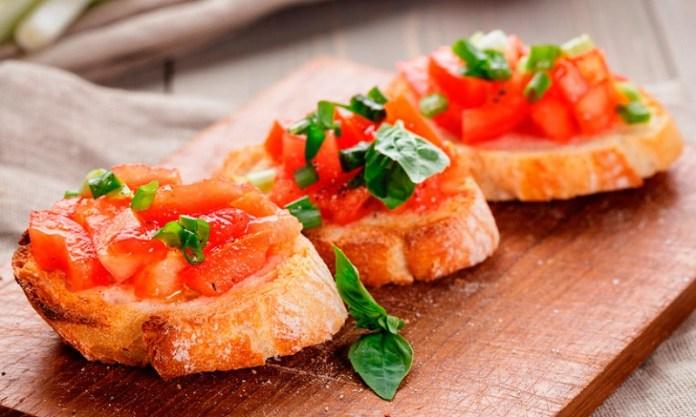 cliomakeup-dieta-vacanza-10-bruschetta-pomodoro