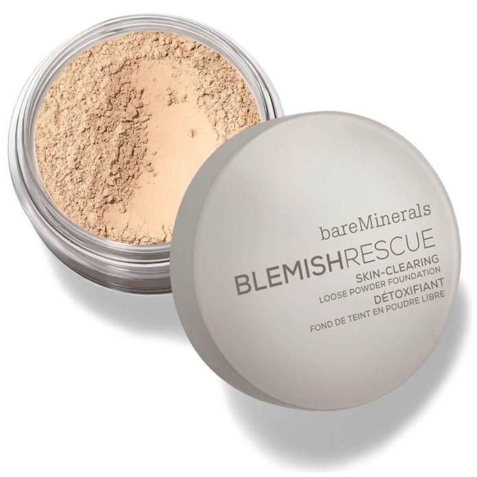 cliomakeup-fondotinta-per-pelle-con-acne-12-fondotinta-minerale-acne-bare-minerals