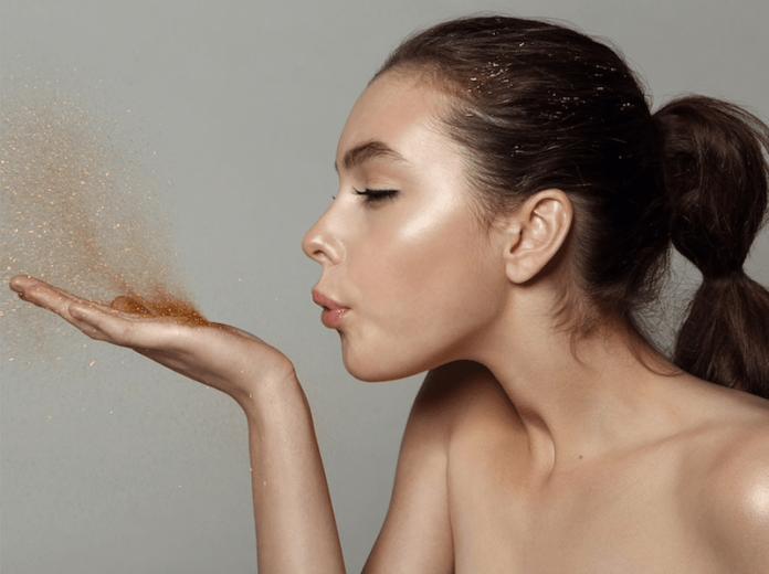 cliomakeup-makeup-abbronzatura-8-illuminante-zigomi-tempie