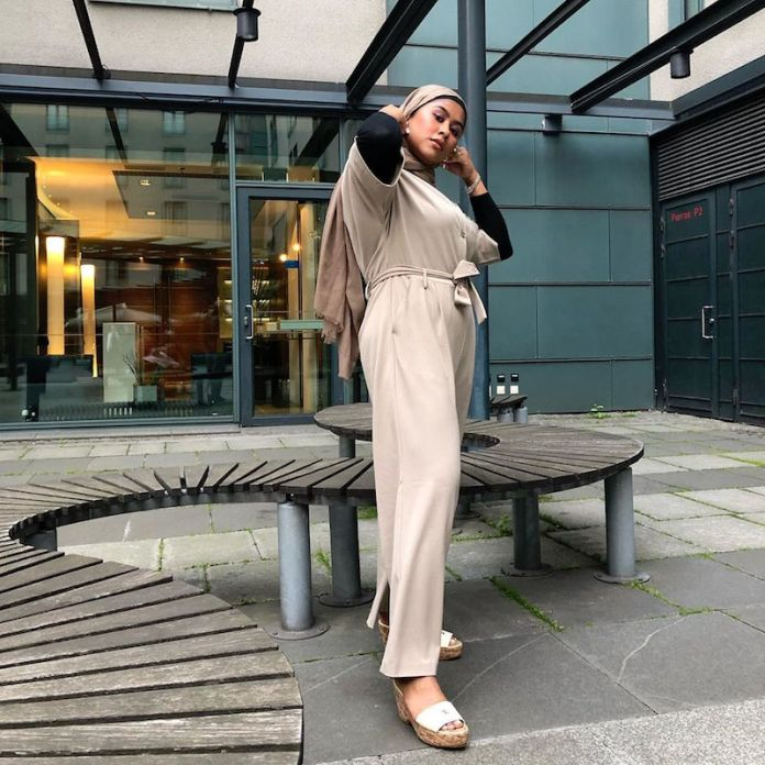 ClioMakeUp-jumpsuit-19-muslim-fashion-girl.jpg
