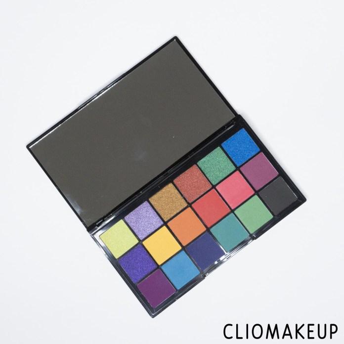 cliomakeup-recensione-palette-makeup-revolution-tammix-revolution-tropical-carnival-shadow-palette-3