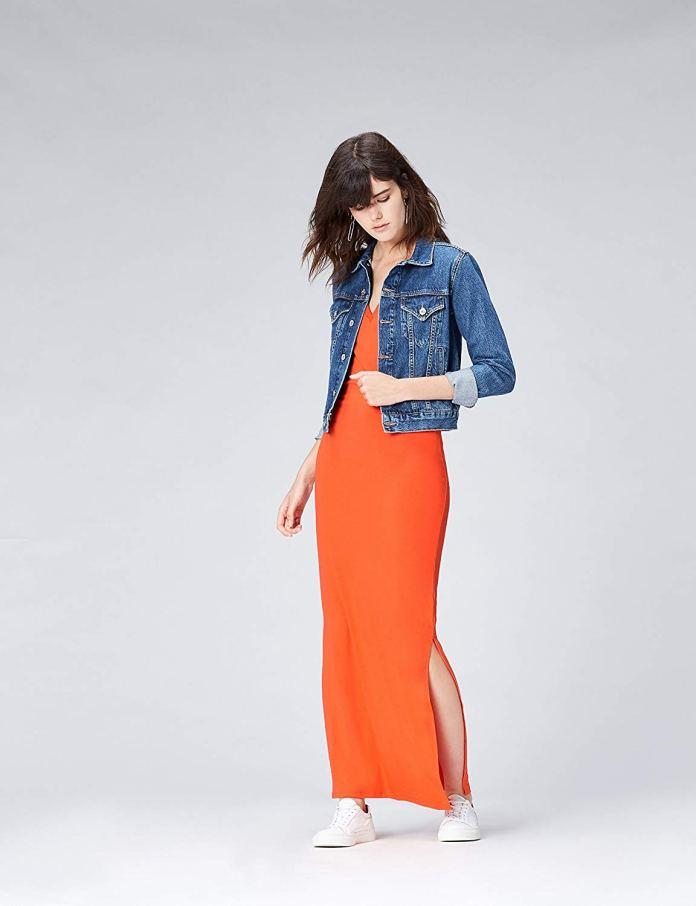Cliomakeup-colori-che-risaltano-abbronzatura-19-vestito-arancione