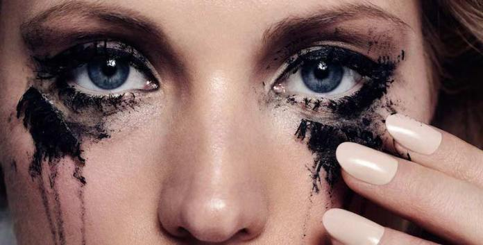 cliomakeup-come-rimuovere-makeup-2-occhi