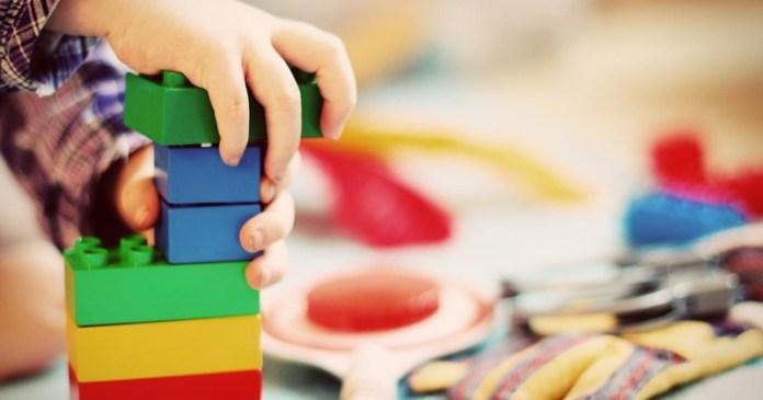 cliomakeup-metodo-montessori-a-casa-13-costruzioni