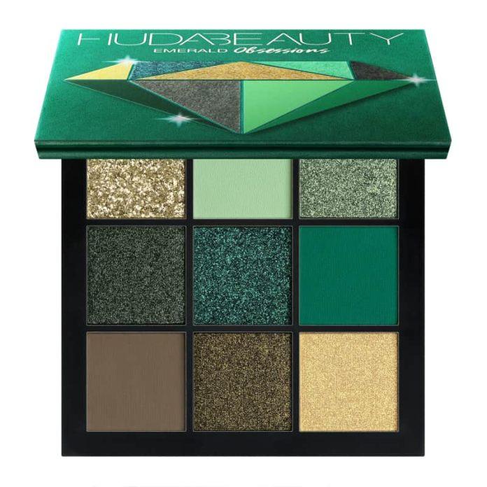 ClioMakeUp-trucco-occhi-neri-estate-14-huda-beauty-palette-verde