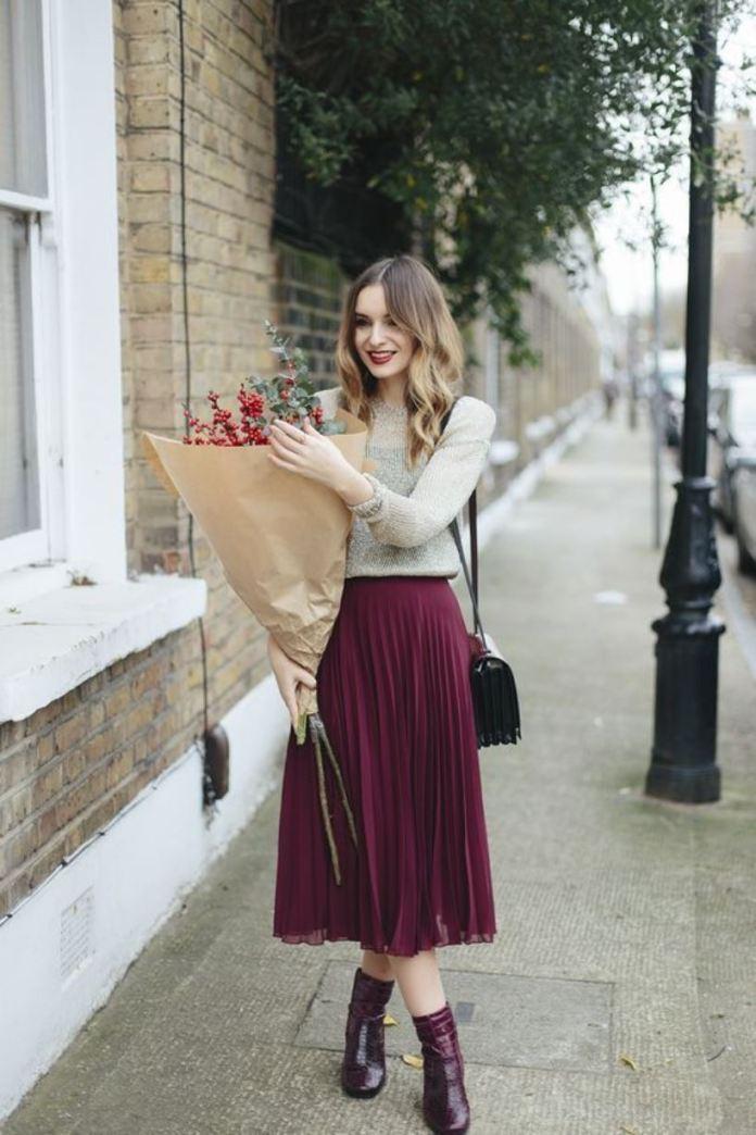 selezione premium 48efc 76c9a Come indossare la gonna senza calze in autunno: idee fashion