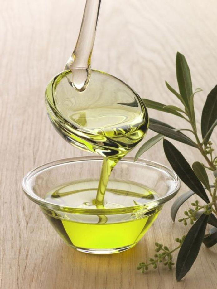 cliomakeup-irritazione-ceretta-rimedi-12-olio-oliva