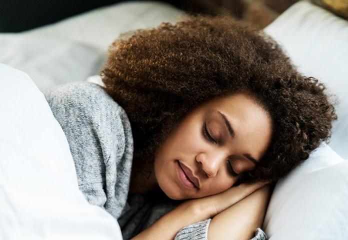 cliomakeup-melatonina-benefici-9-sleep.jpg