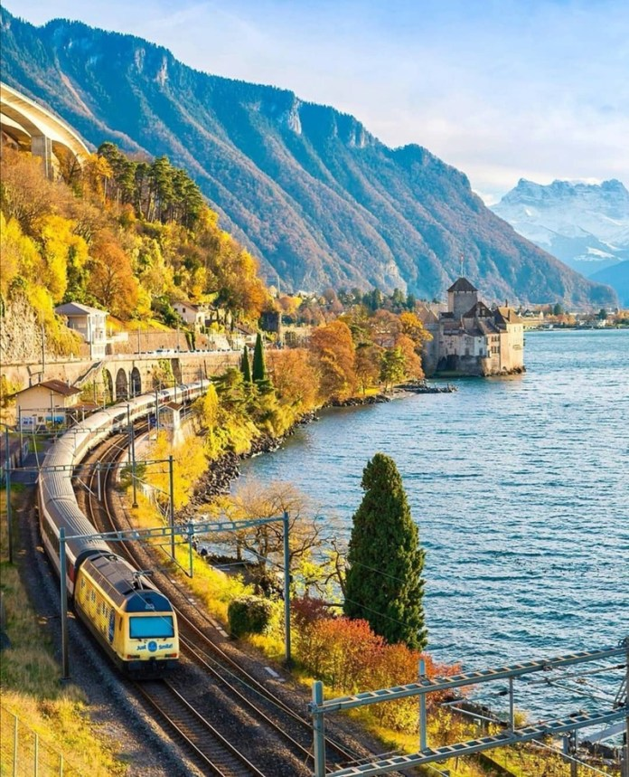 viaggio in svizzera: montreux, da dove parte il treno del cioccolato