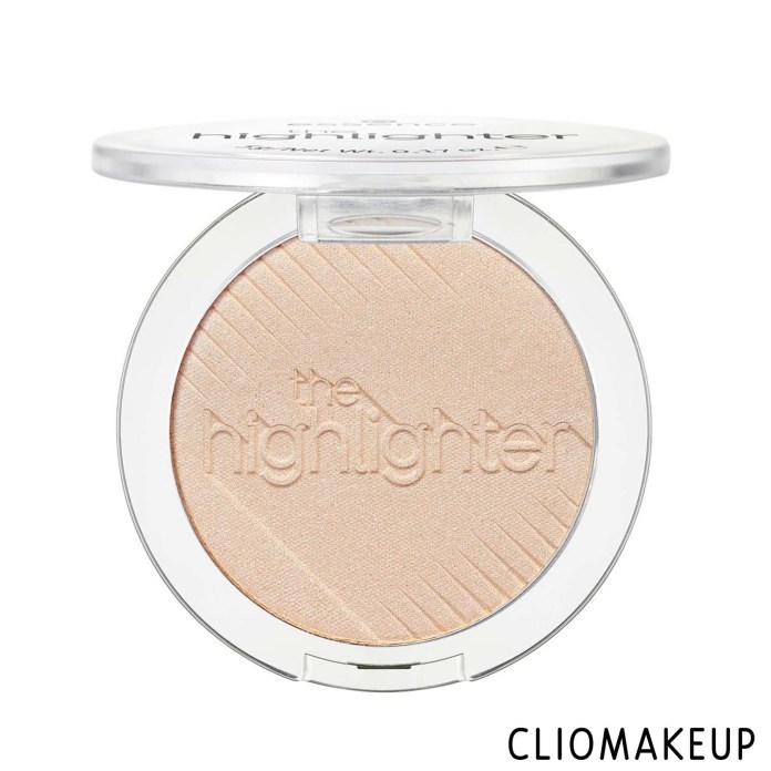 cliomakeup-recensione-illuminante-essence-the-highlighter-3