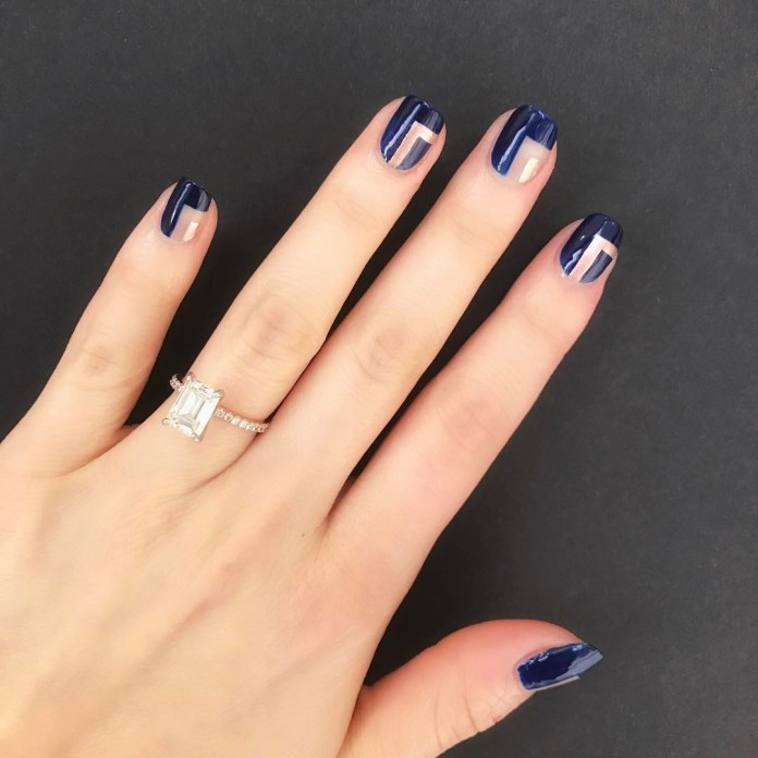 Cliomakeup-unghie-natalizie-7-blu-argento