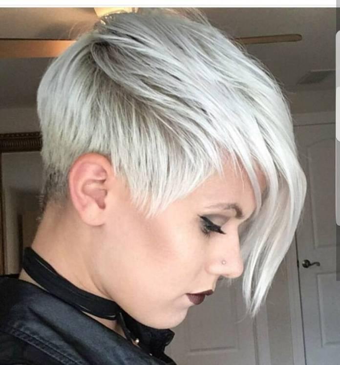 cliomakeup-capelli-bianchi-pixie-cut