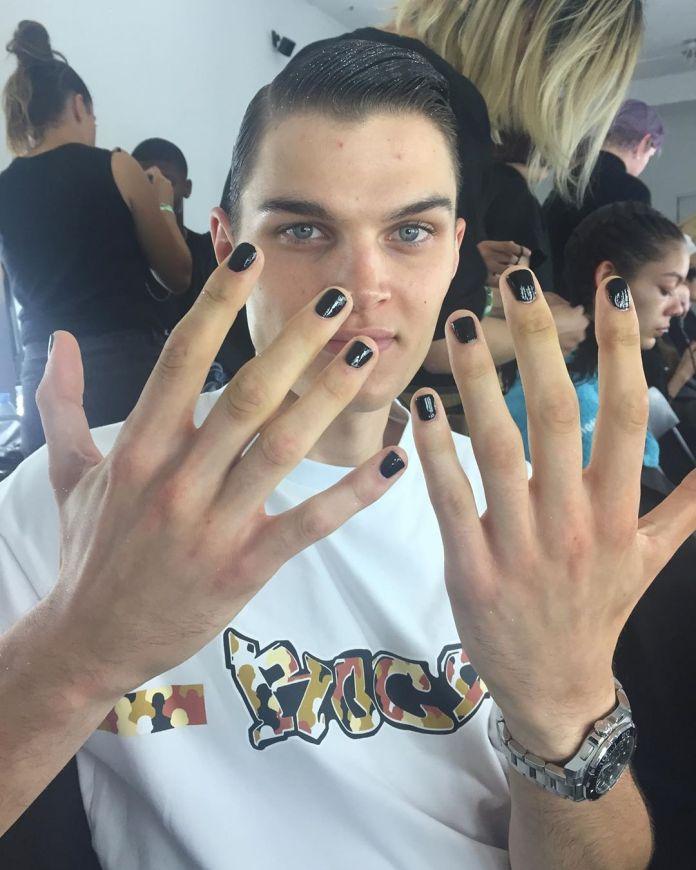 cliomakeup-manicure-uomo-9-unghie