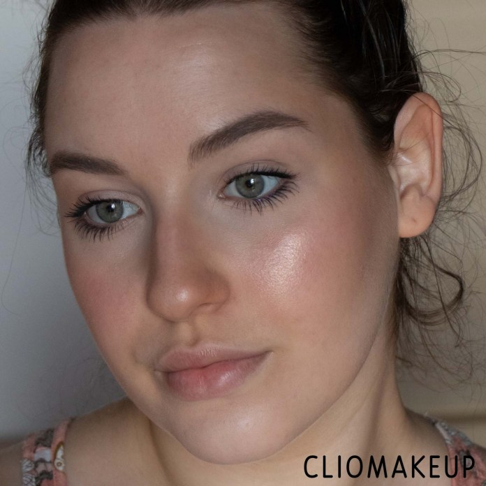 cliomakeup-recensione-palette-catrice-luminice-highlight-e-blush-glow-palette-10