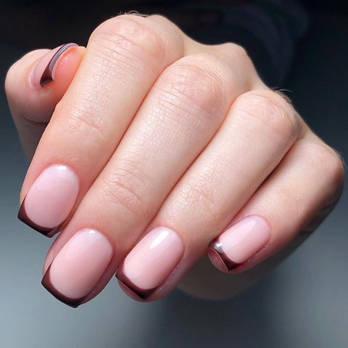 cliomakeup-french-manicure-autunno-2020-teamclio-5