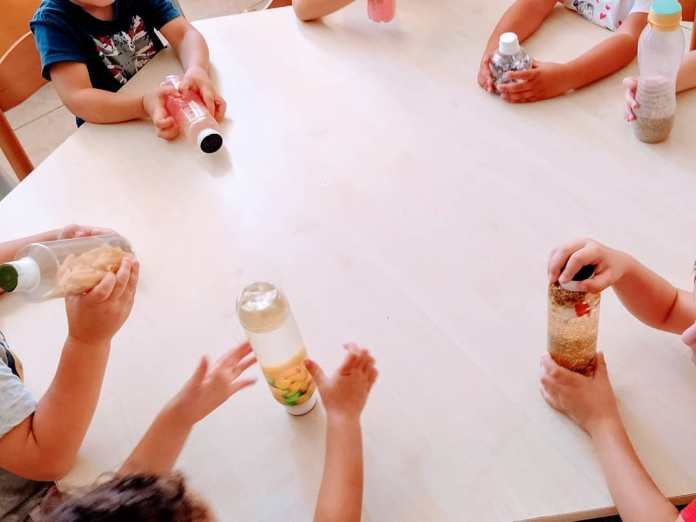 cliomakeup-giochi-montessoriani-18-bottiglie
