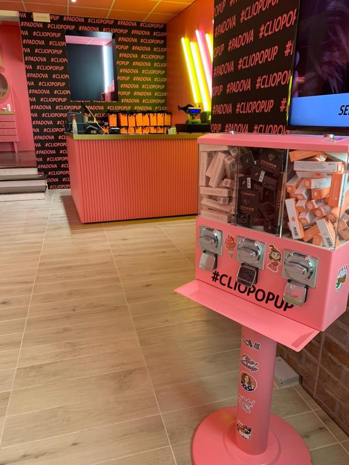 Cliomakeup-cliopopup-padova-novembre-2020-14-negozio
