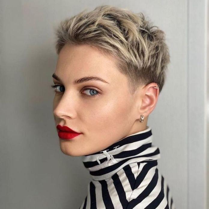 cliomakeup-tagli-capelli-corti-2021-teamclio-estate-1
