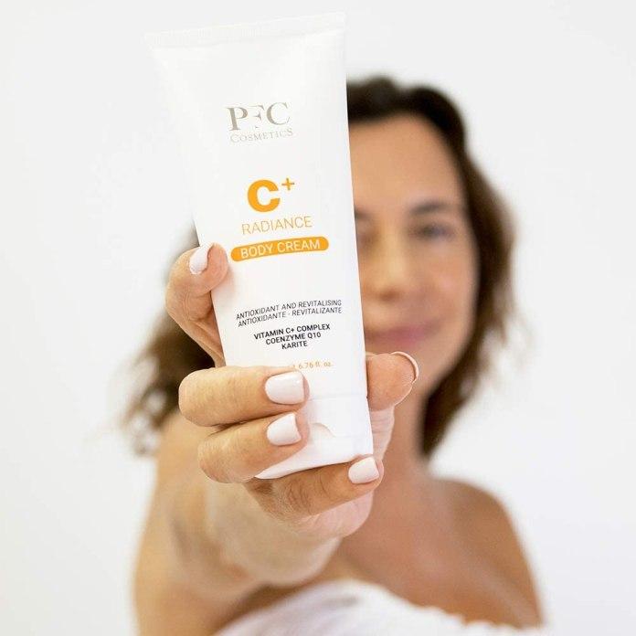 Cliomakeup-offerte-beauty-amazon-prime-day-giugno-2021-PFC-Cosmetic-Crema-Corpo-Radiance