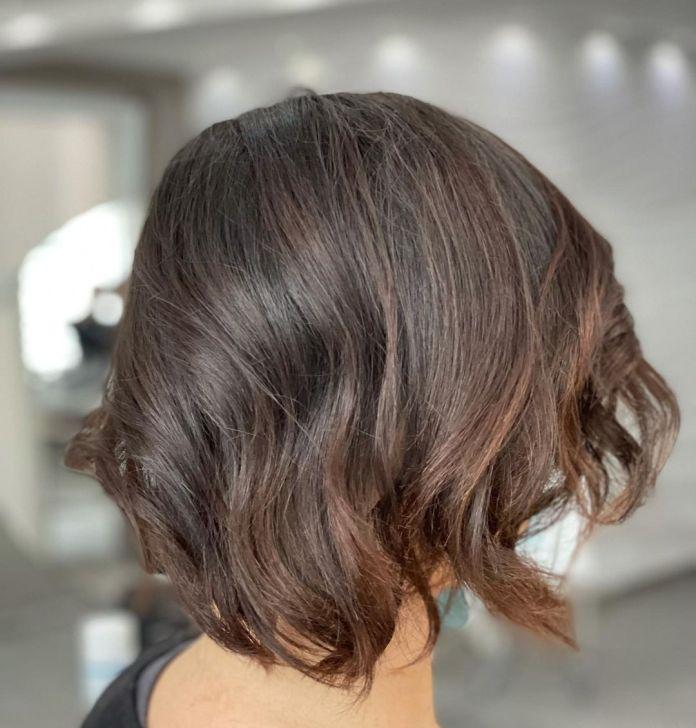 cliomakeup-Tagli-capelli-frangia-2021-19-medi