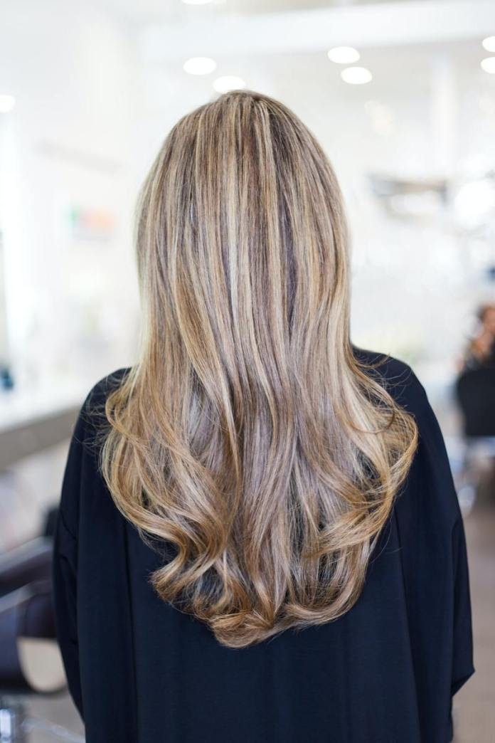 cliomakeup-far-durare-tinta-in-estate-parrucchiere