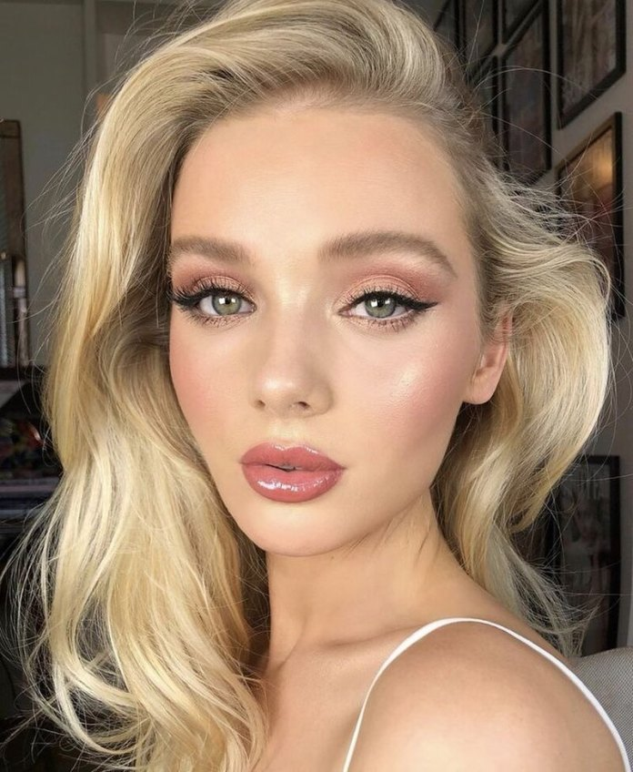 cliomakeup-skinification-trend-trucco