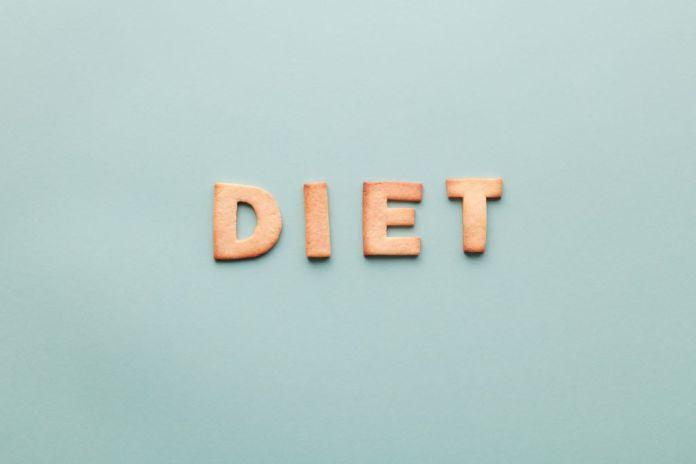 Cliomakeup-dieta-a-zona-1-copertina