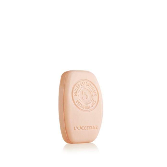Cliomakeup-shampoo-solidi-2021-lOccitan-Shampoo-solido-Riparatore-Intenso-Aromachologie