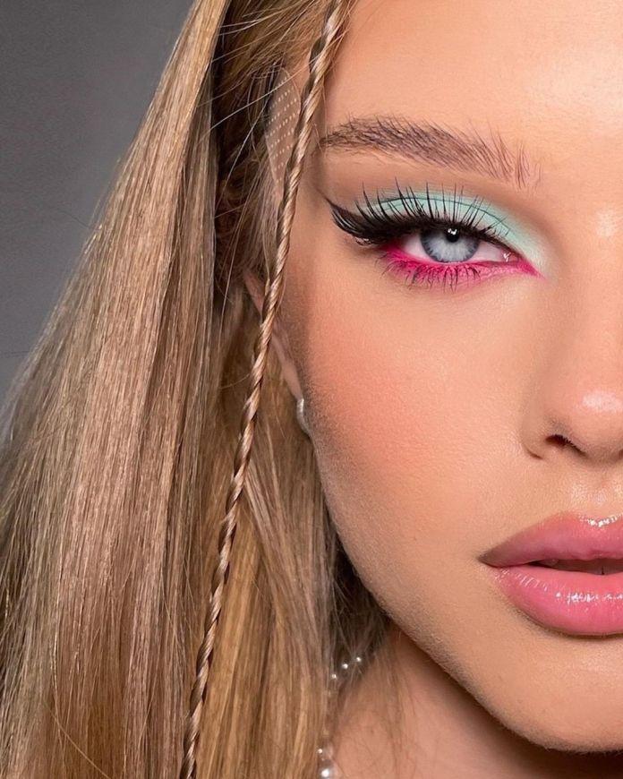 Cliomakeup-trucco-occhi-colorati-estate-2021-d-aleksandria-pastello-azzurro