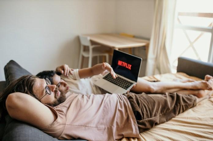 Cliomakeup-serie-tv-film-estate-2021-netflix