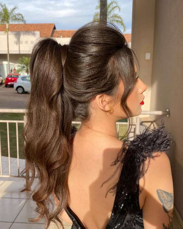 cliomakeup-pettinature-capelli-lunghi-estate-2021-teamclio-11