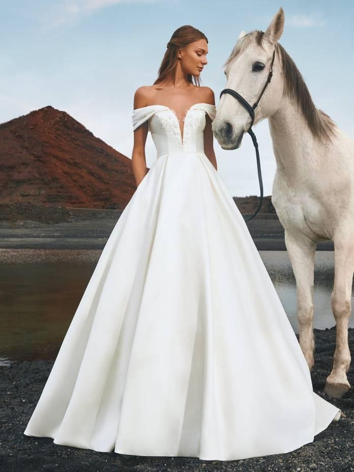 cliomakeup-pronovias-sposa-2022-14