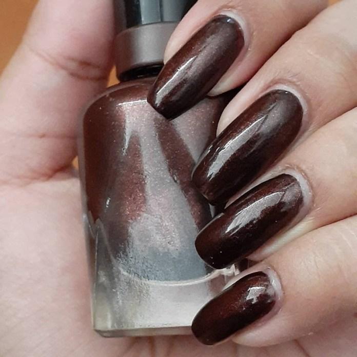 cliomakeup-dark-choco-nails-cioccolato-scuro