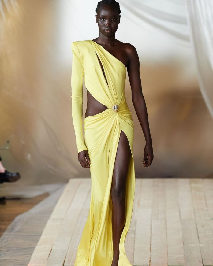 cliomakeup-milano-fashion-week-primavera-estate-2022-3-cavalli