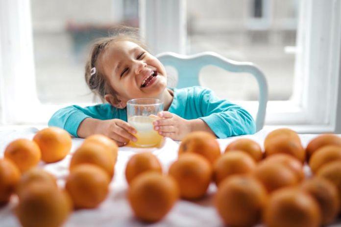 Cliomakeup-bambini-a-tavola-4-sana-alimentazione