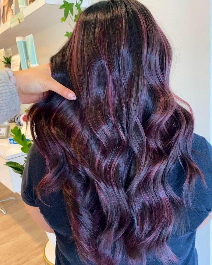 cliomakeup-colore-capelli-viola-grape-autunno-2021-5