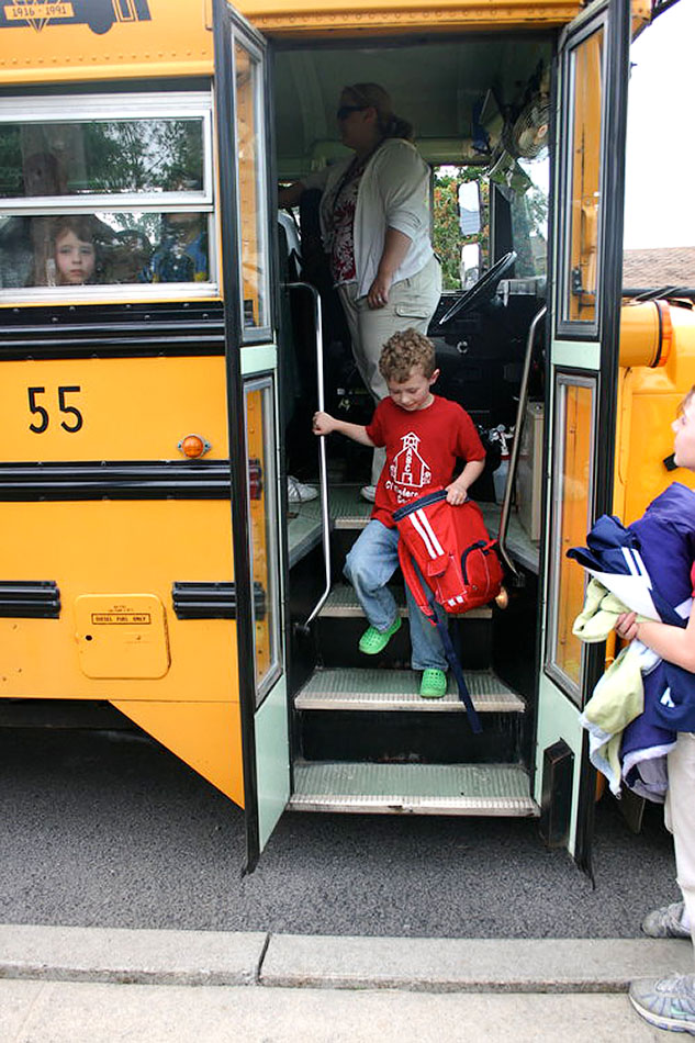school photos #ctmh #closetomyheart #stacyjulian #schoolphotos #bus #schoolbus