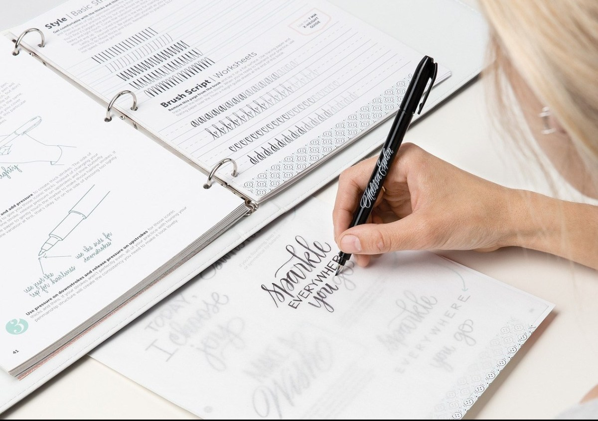 Penmanship #ctmh #closetomyheart #ctmhmelissaesplin #penmanship #lettering #cursive #handwriting #journaling #journalling #memorykeeping