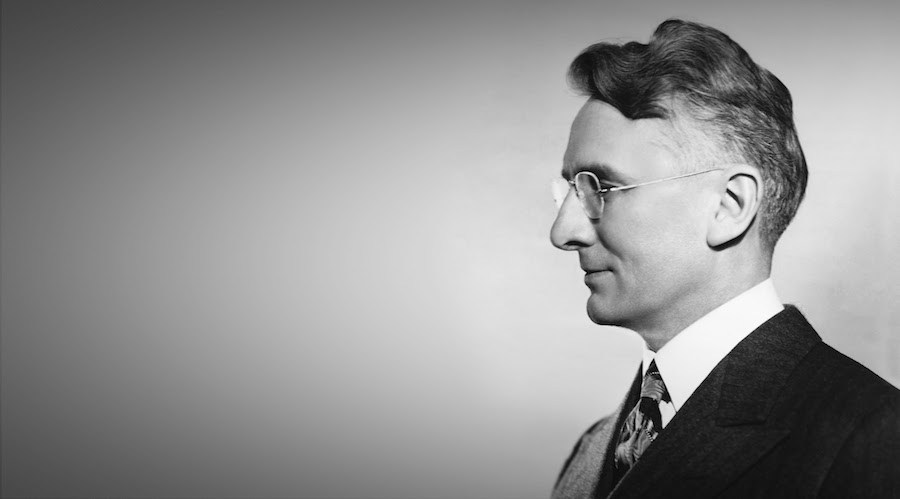 Photograph of Dale Carnegie doing his NBC show, 'How to Win Friends and and Influence People,' January 25, 1938. (Photo by Underwood Archives/Getty Images)